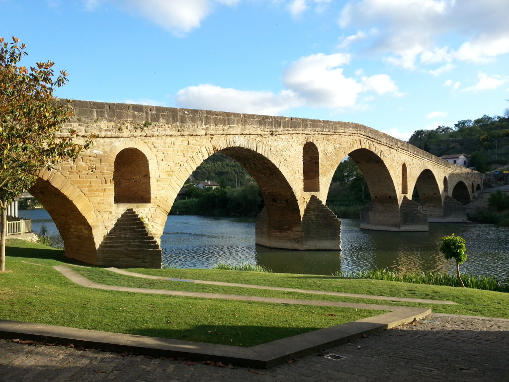 Puente la Reina (The Queen´s Bridge)
